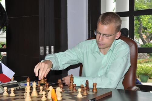 AAI r1 Viktor Laznicka