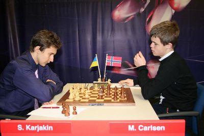 Carlsen Karjakin Corus 2007