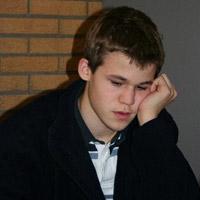 Carlsen thinking 1