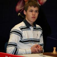 Carlsen thinking