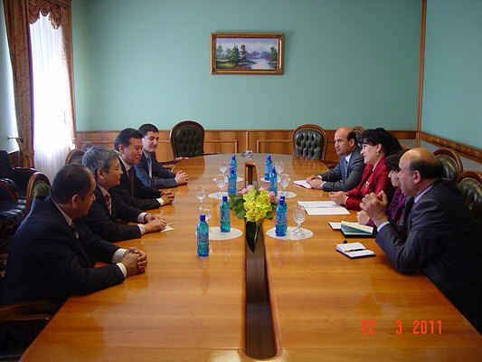 Ilyumzhinov Working visit