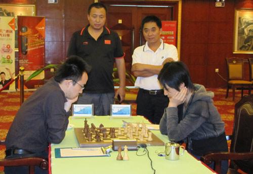 Ni Hua - Hou Yifan