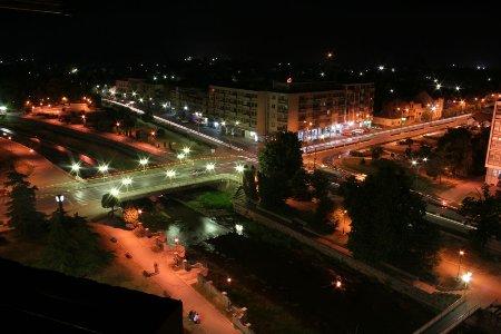 Paracin Downtown night