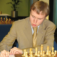 Ponomariov yellow suit