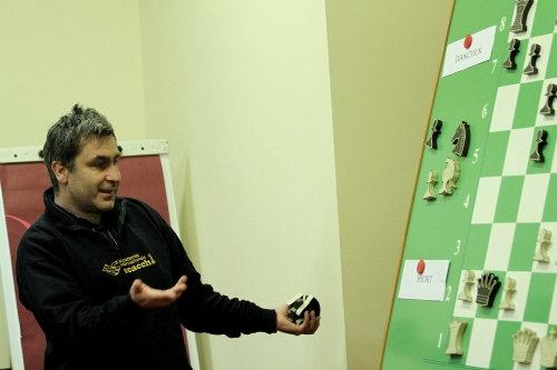 Reggio Emilia Ivanchuk Analyzing