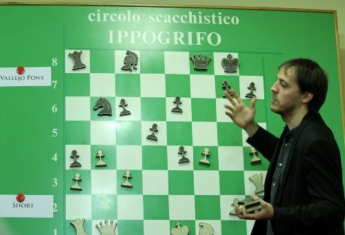 Reggio Emilia Paco Vallejo