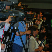 Reporters eager to get news