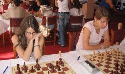 SL 7 Marija Rakic i Marijana Savic