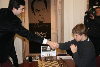 Tal 1 Kramnik-Carlsen