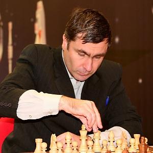 Vassily Ivanchuk square 7