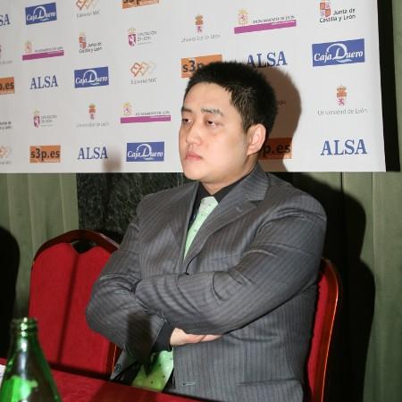 Wang Yue Leon sq