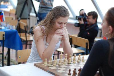 Women blitz chess Muzychuk