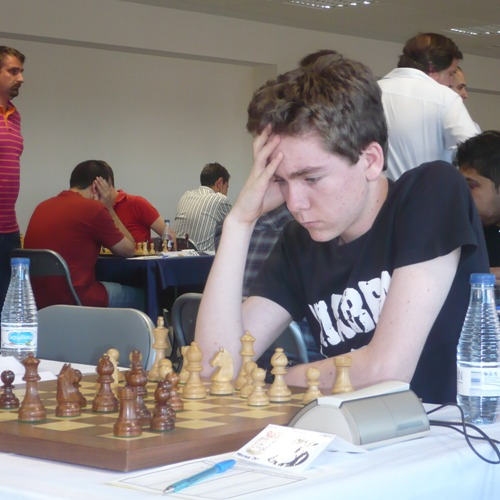 FM David Anton is the only one with 4.5 out of 5, but cannot be paired against the leader FM Angel Arribas because they both repeated white!