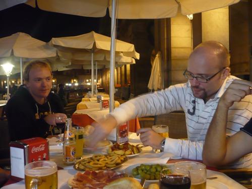 IM Adam Hunt from England and Tournament Director Leonardo Perez-Aranda at the gastronomy night