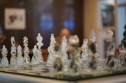 Unive chess set