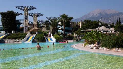 Swimming pool in Limra Hotel