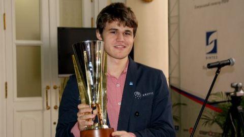 Magnus Carlsen Tal Memorial