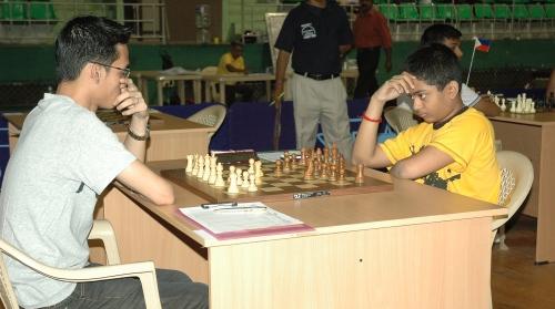 GM Barbosa Oliver (Philippines) against FM Diptayan Ghosh (India)