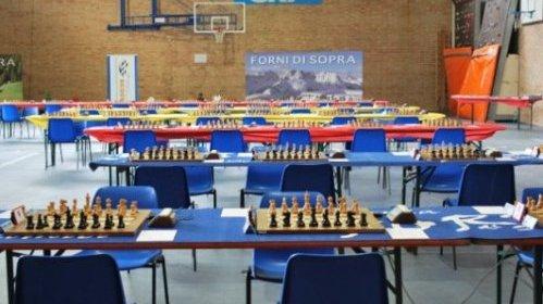Forni di Sopra playing hall