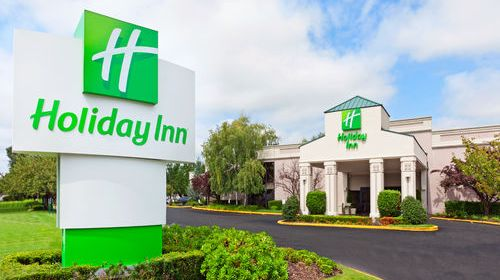 Holiday Inn Islip Airport