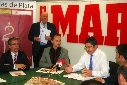 Leon chess - presentation in Marca 1
