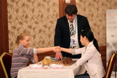 Valentina Gunina and Thanh Trang Hoang