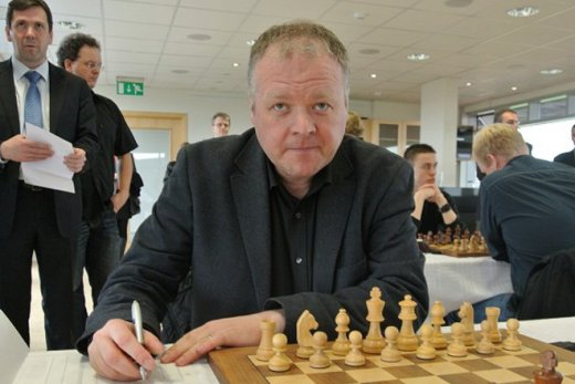 GM Throstur Thorhallsson