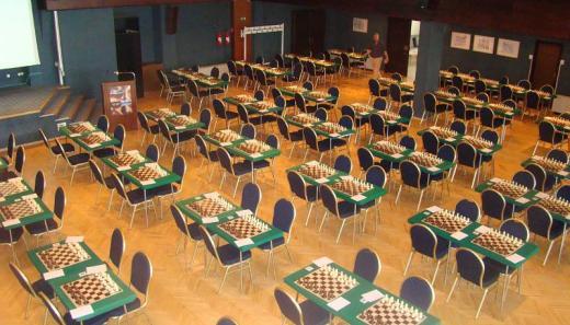 Pula Open playing hall