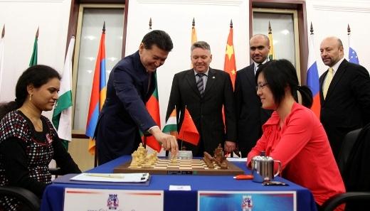 Kazan FIDE Women Grand Prix, Humpy Koneru - Hou Yifan