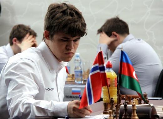 [تصویر:  Magnus-Carlsen2.jpg]