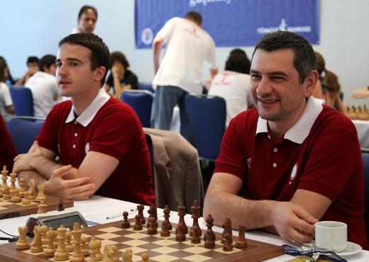 Ernesto Inarkiev, Viktor Bologan