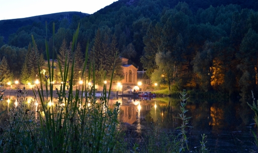 Jermuk night