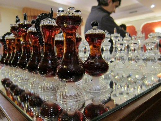 Distillati Mazzetti D'Altavilla crystal chessboard with hand-blown pieces
