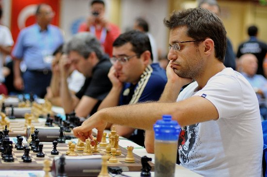 http://www.chessdom.com/wp-content/uploads/2012/09/Round_8_Armenia.jpg