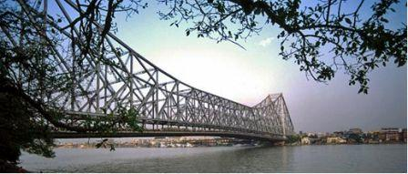 Howrah bridge, an engineering marvel across the river Hoogly is a lifeline in Kolkata. It is the World's fourth busiest Cantilever bridge