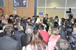 2012-Ushenina-airportPressConf-03Dec-DSC_0961