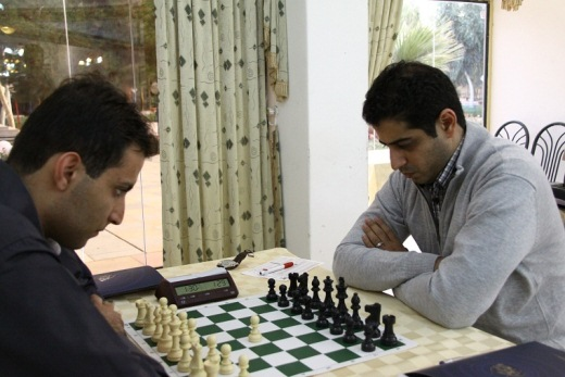 Ghaem Maghami (right) against one of his opponents