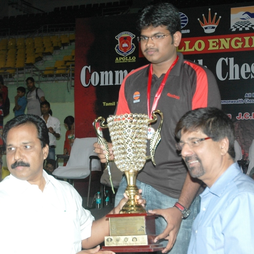 N R Sivapathy, Hon'ble Minister, Commonwealth Champion 2012 M R Lalith Babu, Krishnamachari Srikkanth, former Captain, Indian Cricket team