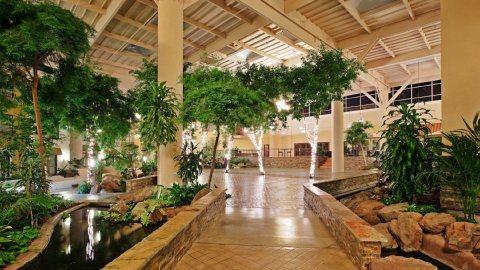 Crowne Plaza Hotel Concord