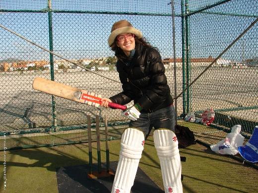 Irina Krush playing cricket 2009