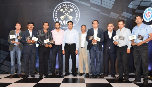Vishy Anand opens Maharashtra Chess League