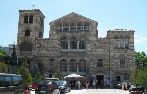 After passing by the Archeological Museum, the first stop is the Church of Agios Dimitrios