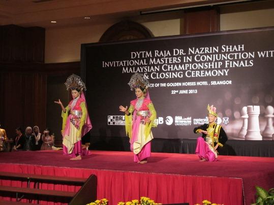 DYTM Raja Dr Nazrin Shah closing