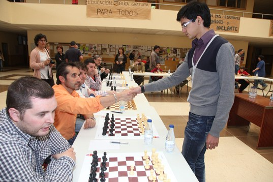 Magistral Ciudad de León 2013: Ivanchuk and Giri on the stage