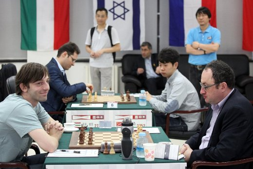 Gelfand - Grischuk with Leko - Wang Hao on the background