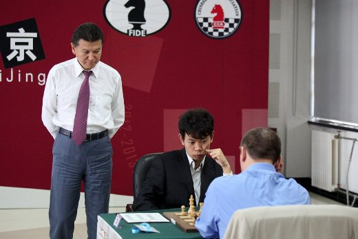 Ilyumzhinov following the game Wang Hao - Kamsky