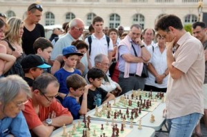 GM Christian Bauer in the simul