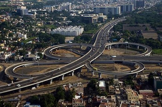Cloverleaf interchange at Kathipara Junction