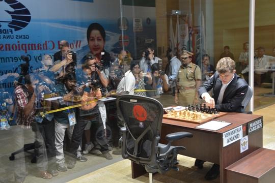 Anand - Carlsen game 2 5