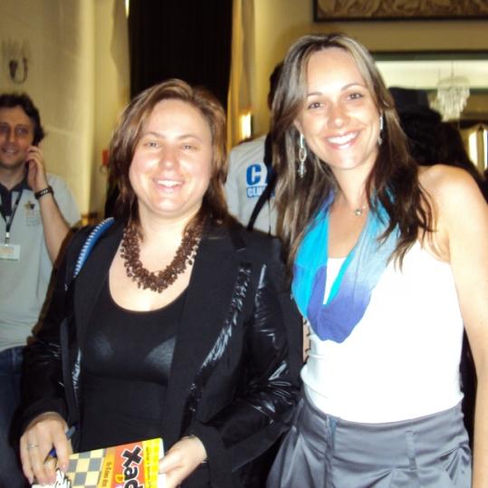 Carla Boesing (Handia) with GM Judith Polgar